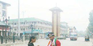 Gujarat girl unfurls Tiranga in Lal Chowk