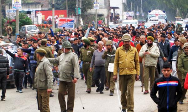 Bandh continues in Nowshera, Sunderbani, Kalakote